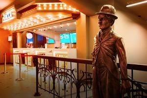 Как обновили старейший кинотеатр Владивостока
