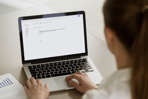 Отписаться от лишних рассылок и не создавать спам самому
