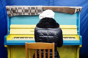 Музыка нас связала: Под какие песни проходили протесты на Украине, в России, Египте, Турции и США