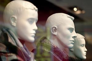 Какие изменения ждут магазины одежды в связи с кризисом