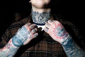 Татуированные москвичи на выставке о тату в Пушкинском музее