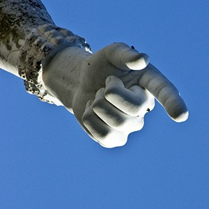 Лукавый спич: 10 фраз для манипулирования людьми в бизнесе