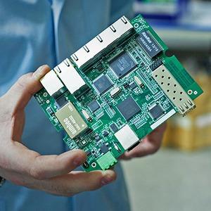 Производственный процесс: Как делают платы для электроники