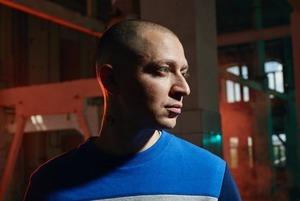 Патриотический флешмоб, новая акция Павленского и баттл Оксимирона против Dizaster