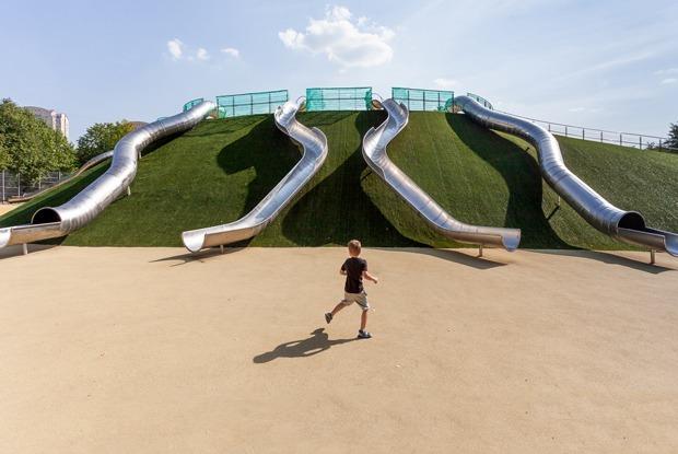 Как выглядят классные детские площадки в Москве