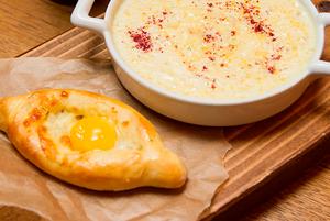 5 мест в Сочи, где можно съесть настоящий хачапури по-аджарски