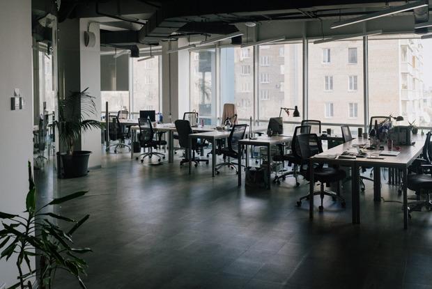 Как выглядят опустевшие московские офисы