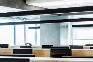 Избранное: 9 офисов в индустриальном стиле