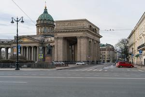 Постапокалипсис: Как выглядит центр Петербурга прямо сейчас