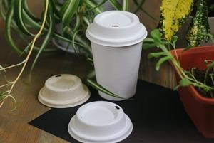 В Москве появились экологичные крышечки для кофе навынос. Так ли они хороши?