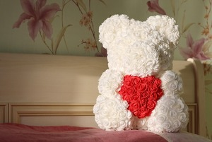 «Я зарабатываю на мишках из роз»