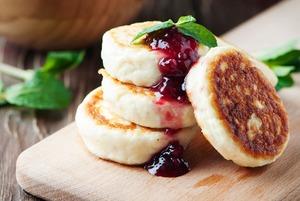 5 рецептов сырников на любой вкус