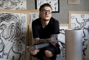 «Государство обрекло в рабы навеки»: Люмпен-авангард в татуировках