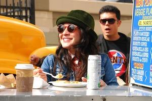 Как фестиваль фургонов с едой помогает выжить мобильным кафе в Сан-Франциско