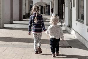 Чек-лист: Что нужно знать родителям, чтобы безопасно перемещаться с ребенком по городу