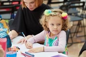 Чем занять ребенка осенью