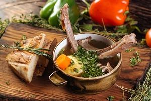 Яки, русская кухня и крабы