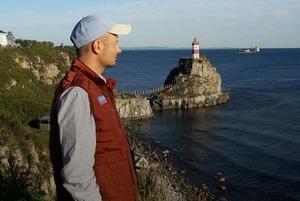 Максим Каленник — о маяке Басаргина