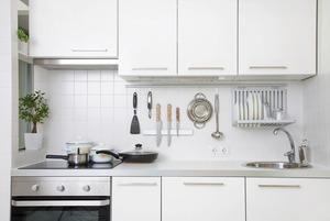 Все под рукой: Как продумать систему хранения на кухне