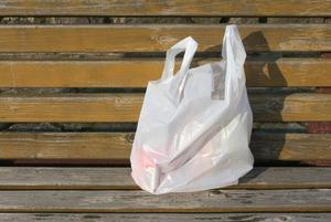Пакет с пакетами: Как в Европе отказываются от пластика