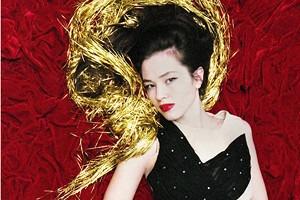 Вещи недели: 8 блестящих платьев