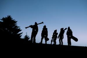 10 функциональных горнолыжных вещей для детей и подростков