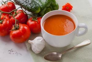 Остынь: Как готовить огуречный, свекольник, окрошку и другие холодные супы
