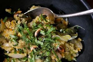 Завтраки дома: Индийская каша упма с лепёшками и паниром