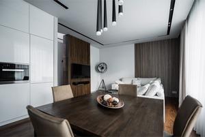 Минималистичная квартира для семьи, живущей за рубежом