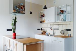 Однокомнатная холостяцкая квартира с умным зонированием