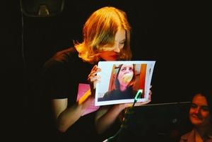 Почему вам нужно сходить на спектакль о переписке двух подруг во «ВКонтакте»
