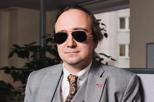 Хакер Алексей Смирнов — о том, кто взламывает аккаунты простых людей и как этого избежать
