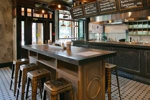Третий ресторан «Китайские новости», возобновление работы «Искры» и завтраки в «Воронеже»