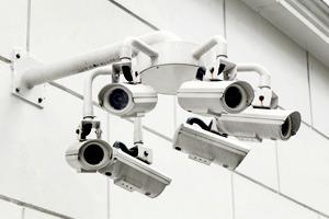 Скотт Маккуайр — о том, как мы стали объектами слежки