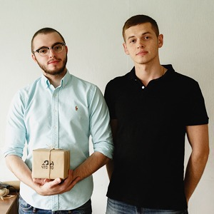 Как студенты Крымский и Лихой открыли сервис подарков-сюрпризов «Чего-то»