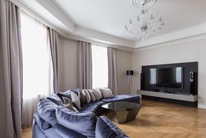 Большая квартира со светской гостиной в Толстовском доме (Петербург)