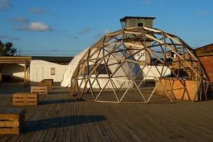 Крыша, музыка и особняк: Как ожила Кожевенная линия в Петербурге