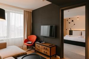 Pentahotel: Как устроен сетевой отель в доме-книжке на Новом Арбате
