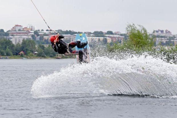 Чистый кайф: Иркутские вейкбордисты об адреналине и травмах