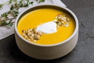 Готовим и согреваемся: 5 несложных рецептов супов на осень