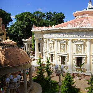 Что делать в Старом парке в Кабардинке в июле — концерты и спектакли