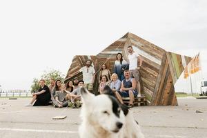Новый мебельный маркет, «Хлебозавод» и ярмарка рассады: Гид по фестивалю Seasons