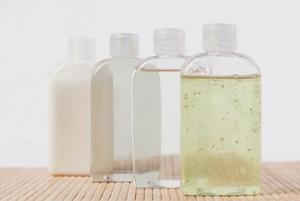 Надо ли смывать мицеллярную воду?