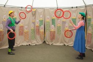 Как устроен самый маленький в мире странствующий цирк