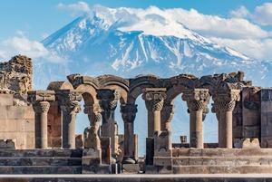 Не только Тбилиси: 5 теплых городов для поездки на майские