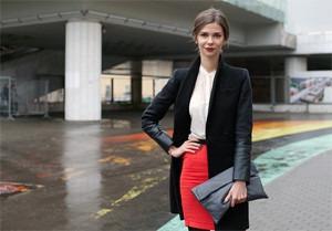 Внешний вид: Наталья Чевалкова, директор по рекламе ИД «Афиша»