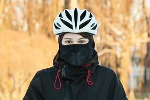 Люди в городе: Кто ездит зимой на велосипеде