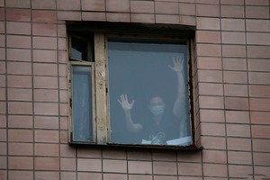 Отмена ПМЭФ, карантин в общежитии и закрытие поликлиники: Коронавирус добрался до Петербурга
