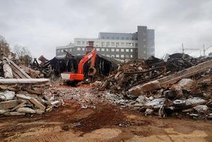 Кинотеатр «Витязь» снесли. Почему его уже не заменить?
