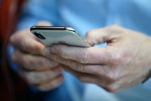 Как айфоны влияют на расходы россиян